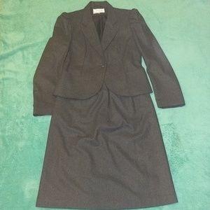 ♥️1/2 OFF♥️ Vintage Wool Suit